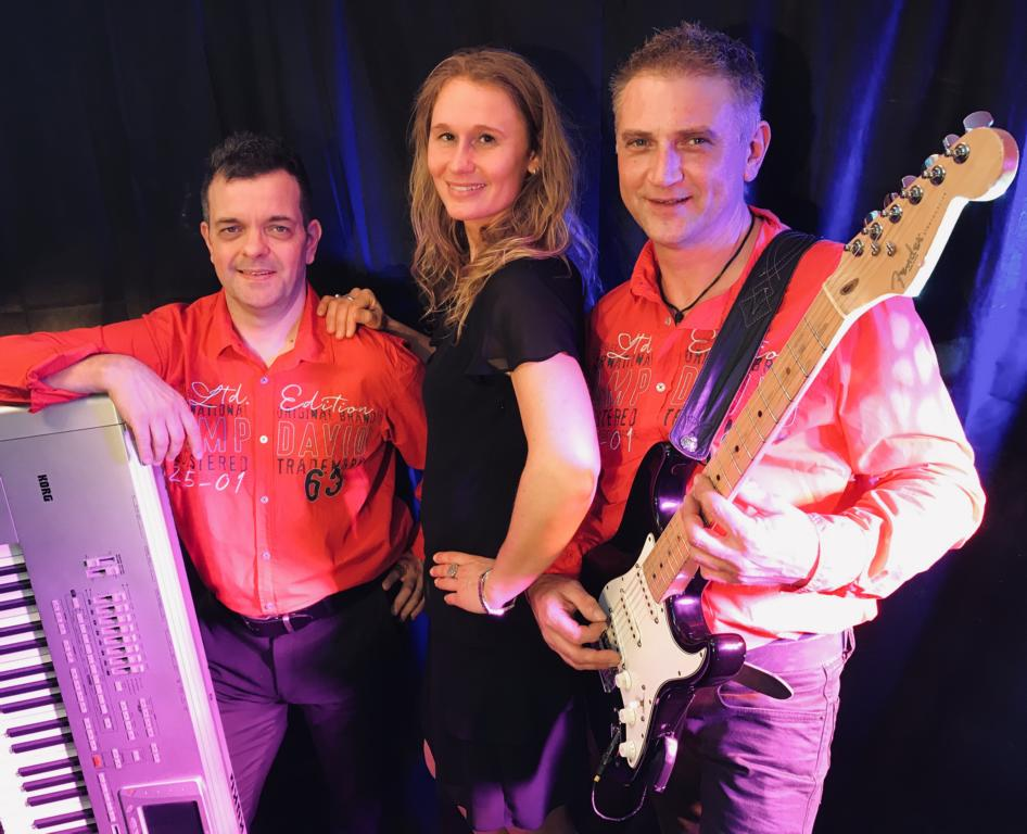 Musikband Thunderbirds